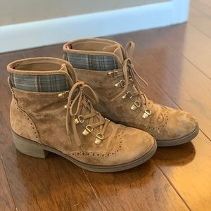 Tommy Hilfiger suede-look oxford hiker boots